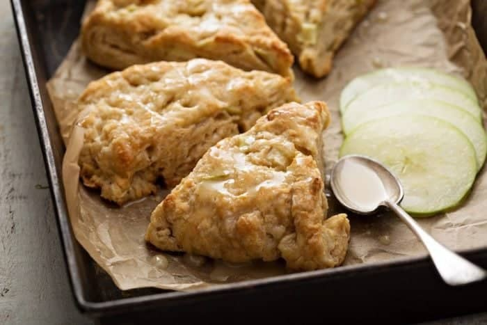 Apple Scone Recipe with icing glaze from @kitchenmagpie