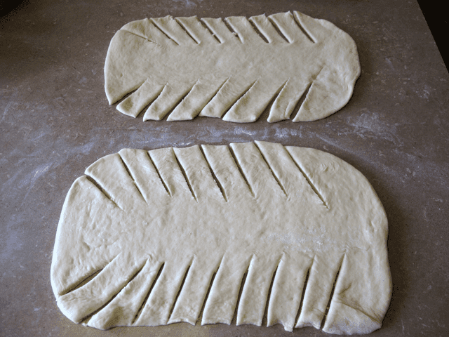 How to cut the dough for a Fruit Filling Bread Braid