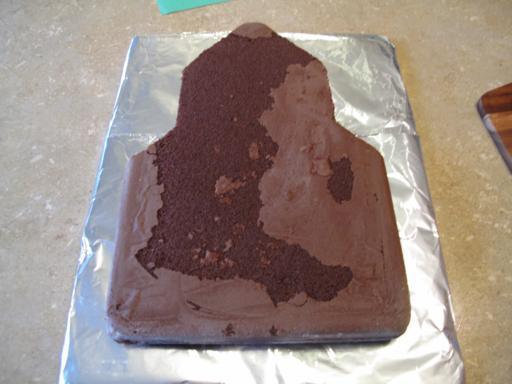 cut cake into rocket shape