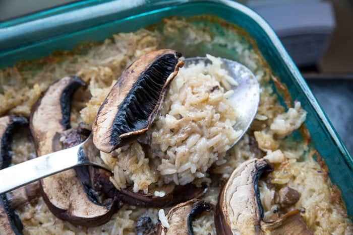 This easy and delicious Rice & Mushroom Casserole will be your new side dish for all dinners! Recipe from @kitchenmagpie #dinner #supper #rice #mushroom #casserole #recipes #recipe