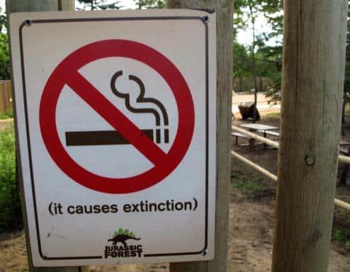 non smoking area signage