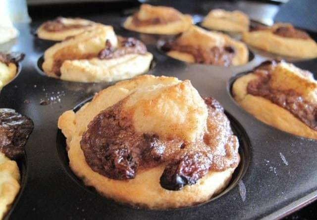 Cinnamon Buns in muffin tins