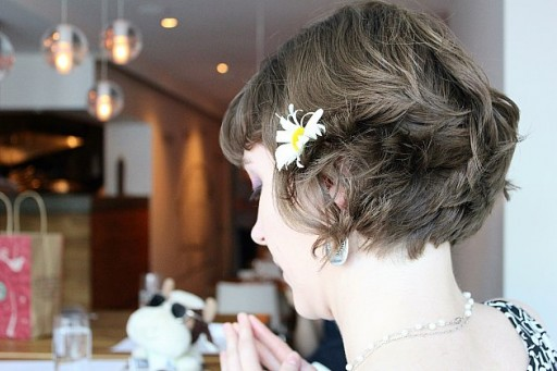 pictures of the back of woman's head