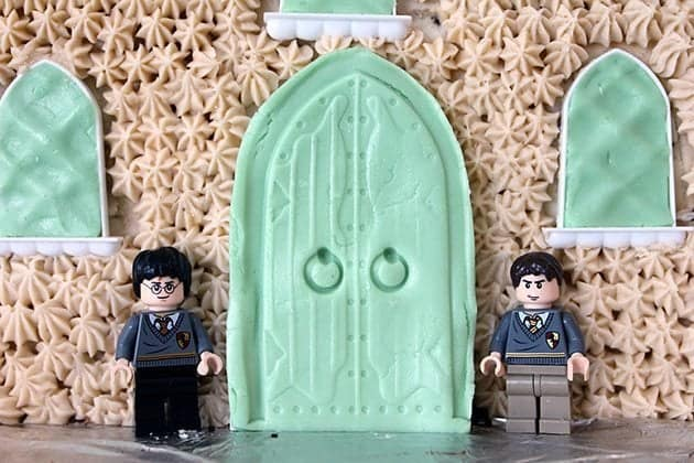 close up Harry Potter cake with Mr K's Lego character
