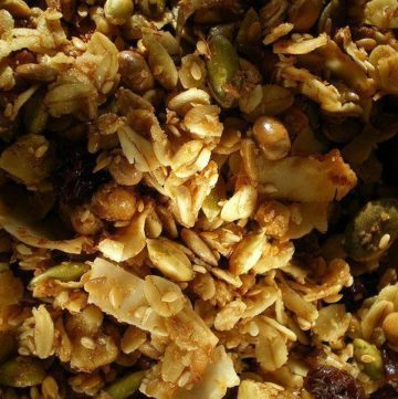 How to Make Your Own Granola Clusters