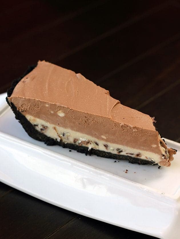 Frozen Mousse Mint Pie with chocolate cookie crust