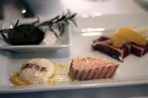 Ahi tuna with creamy egg yolk in a plate