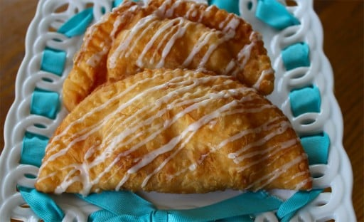 Karlynns-Fried-Pies-Plated-512x312 Apricot & Marmalade Fried Pies.