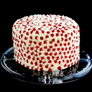 Attainable Eats: Simple Canada Day Cake