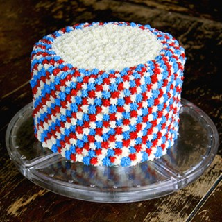 Attainable Eats: Easy Fourth of July Cake