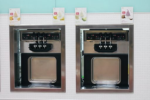 frozen yogurt dispensing machines