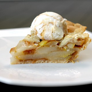 Spicy Rum N' Pear Pie