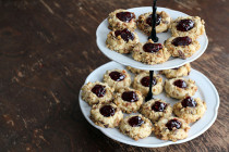 raspberrythumprintcookies1