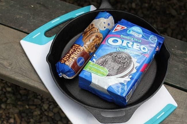 ingredients needed in making oreo cookie inside the skillet