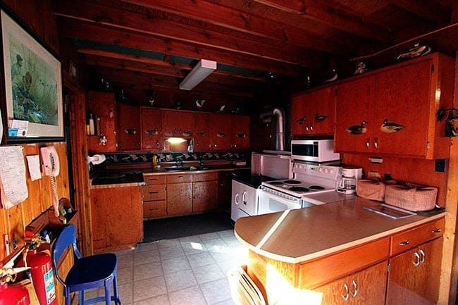 large and functional lodge kitchen at Jimmy Robinson's Duck Lodge