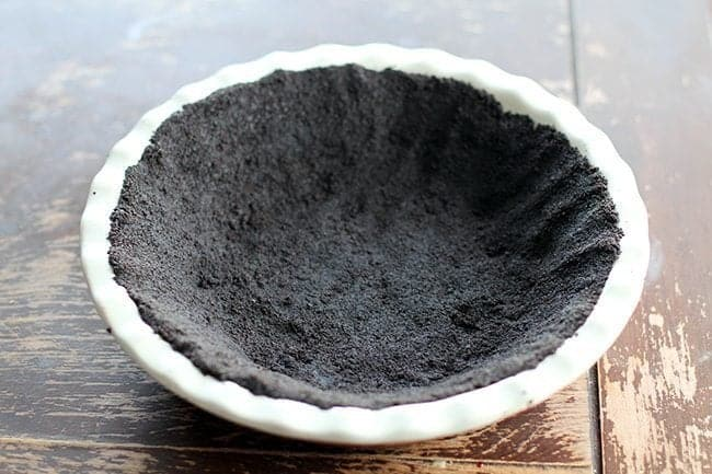 deep pie dish with super-duper thick crust