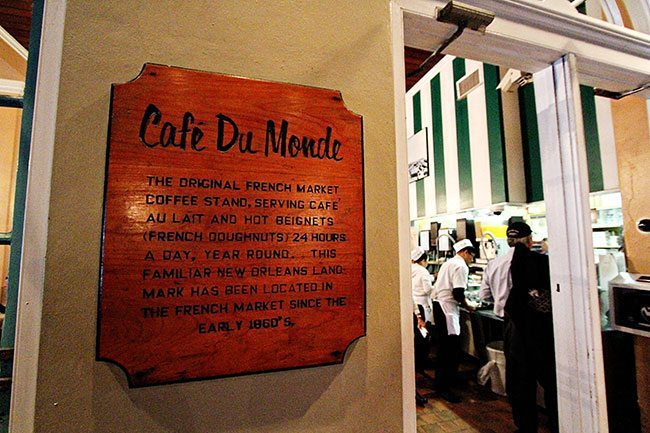 Cafe du Monde signage and details in a wall