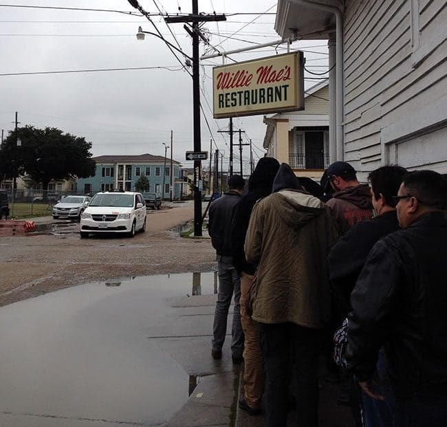 people standing in line to enter Willie Mae's Restaurant