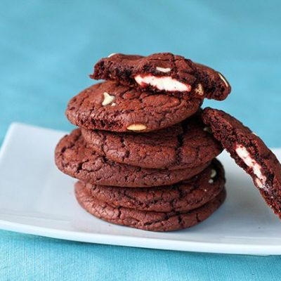 Cheescake Filled White Chocolate Red Velvet Cookies