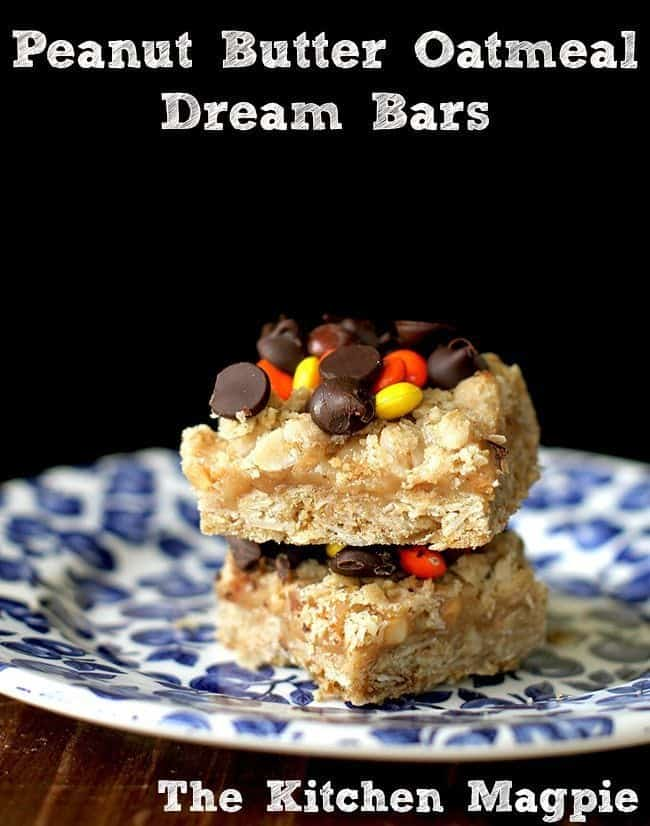 Peanut Butter & Oatmeal Dream Bars. A creamy peanut butter filling makes these to die for! From @kitchenmagpie #recipes #peanutbutter #chocolate