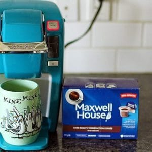 Kraft Keurig compatible pods with a box of Maxwell House Coffee