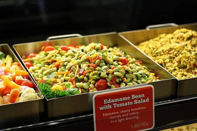 Edamme bean with tomato salad in a serving tray