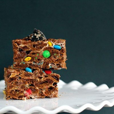 Chocolate Oreo & M&M Cereal Bars