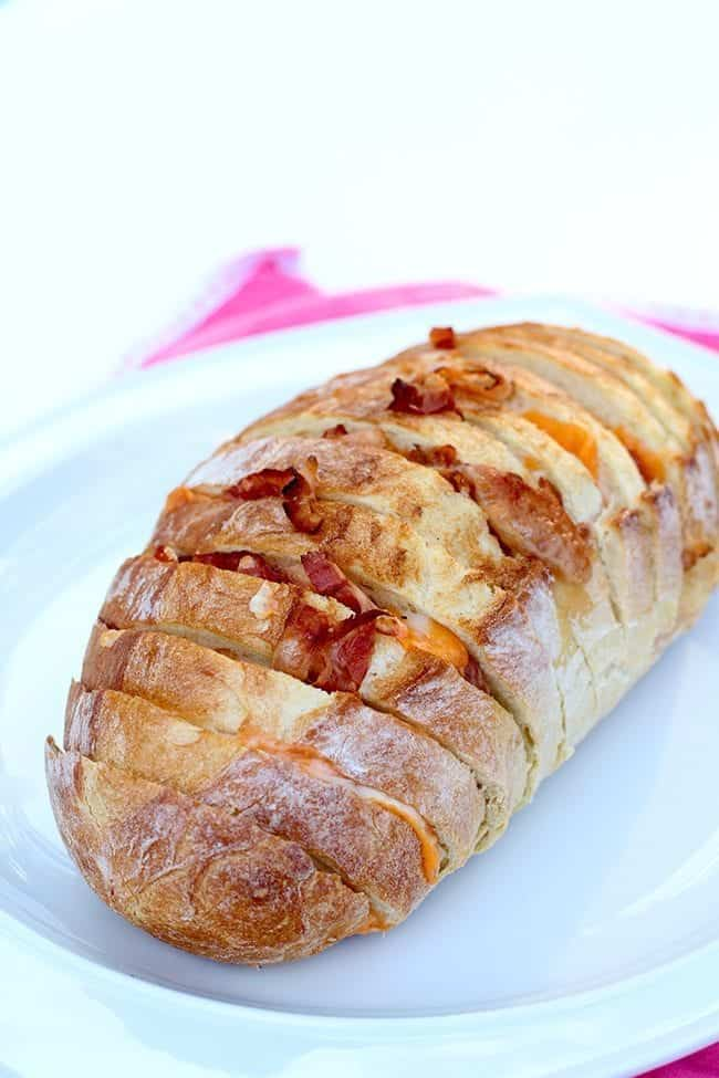 Bacon & Cheese Pull Apart Loaf From @kitchenmagpie