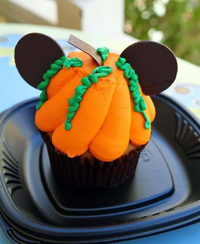 Halloween at Disneyland, 2014