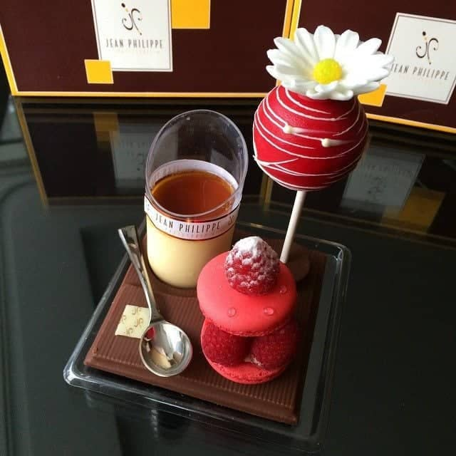 Jean Phillipe - nice patisserie of chocolate and strawberries