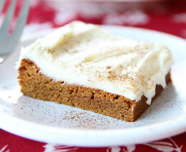 Gingersnap Cookie Bars With Cream Cheese Buttercream Icing from @kitchenmagpie