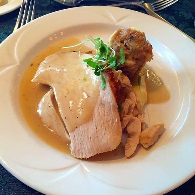 Salt brined Alberta - turkey with buttermilk, mashed potatoes, dried fruit stuffing and turkey gravy