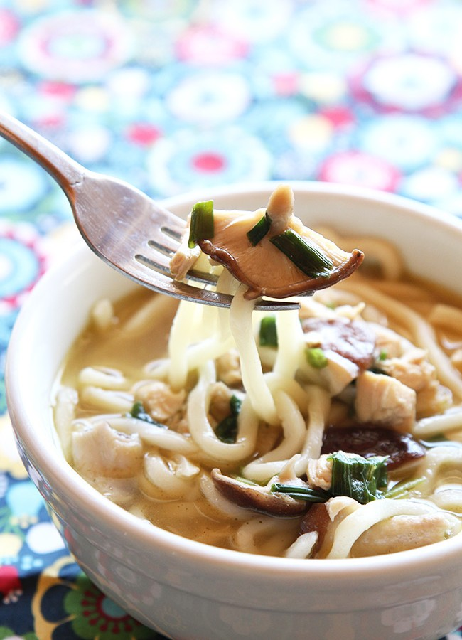 15-Minute-Chicken-Mushroom-Udon-Noodle-Soup