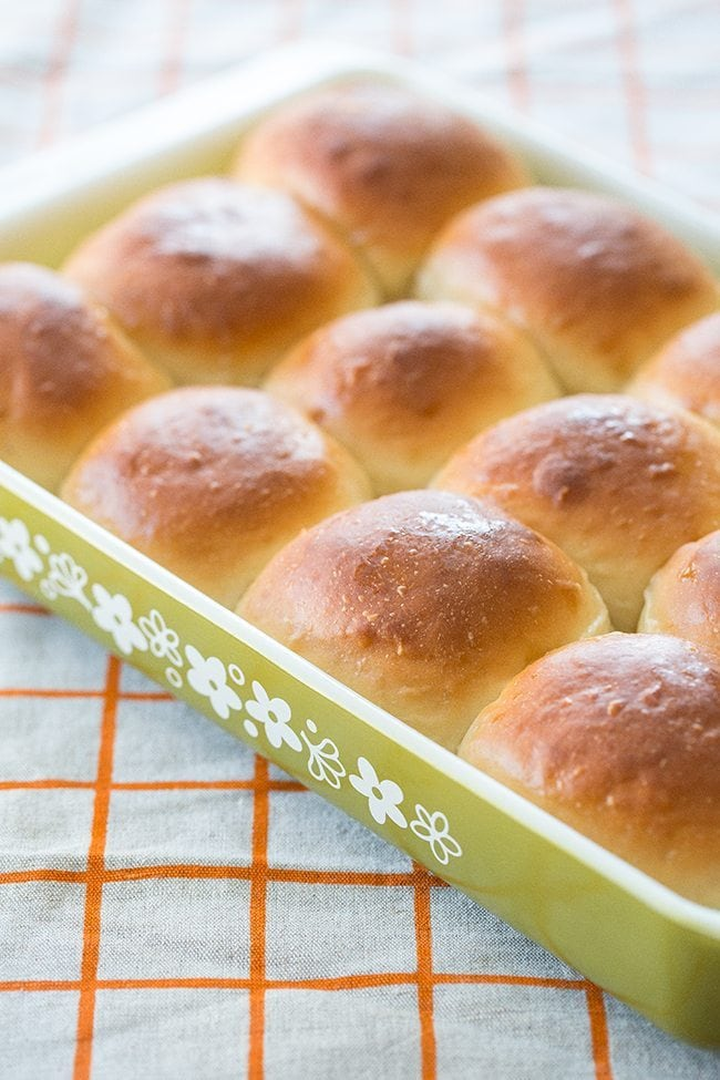 Old-Fashioned Southern Honey Butter Rolls from @kitchenmagpie
