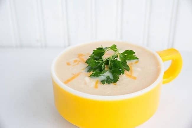 Cream of Chicken & Cauliflower Soup from @kitchenmagpie