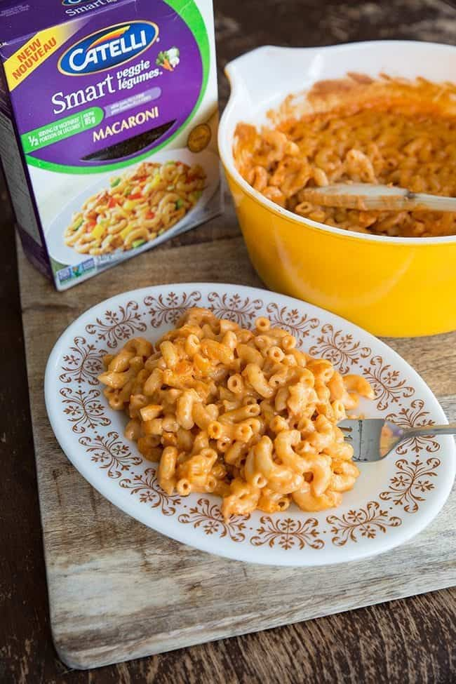 Sneaky Vegetable Mac n' Cheese - it's healthier than it looks! From @kitchenmagpie