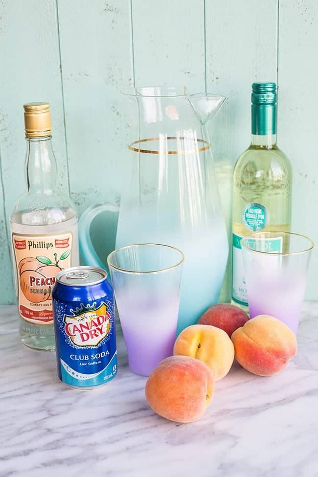 How to Make a Sparkling Peach Sangria! From @kitchenmagpie