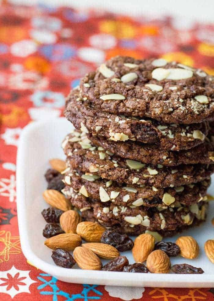 Old Fashioned Chewy Chocolate Raisin Cookies from @kitchenmagpie