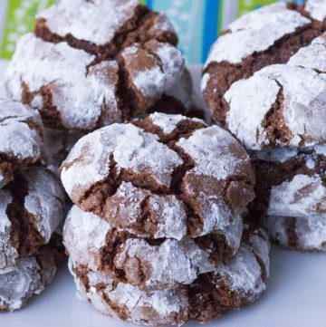 Classic Chocolate Crinkle Cookies Recipe