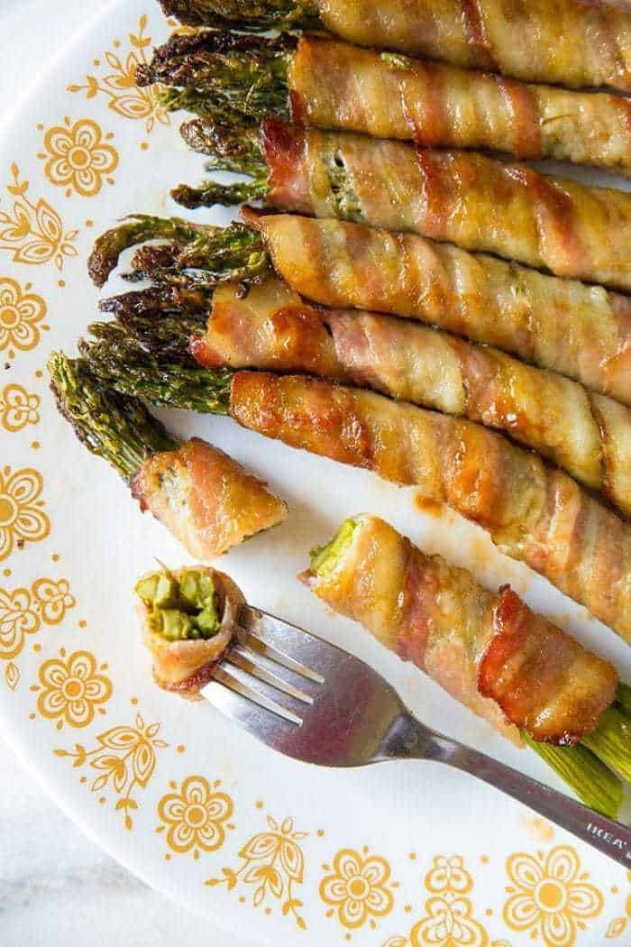 Brown Sugar & Garlic Sauce Bacon Wrapped Asparagus Bundles