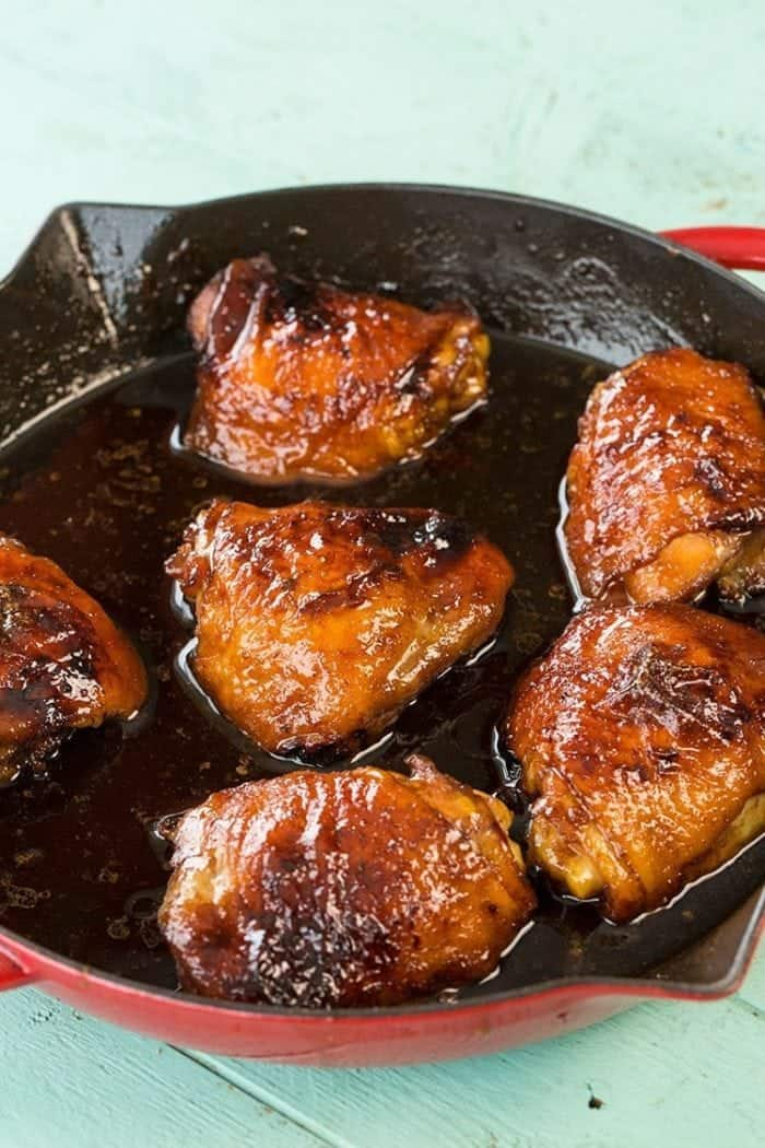 Mom's Easy Honey Garlic Chicken recipe from @kitchenmagpie