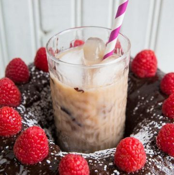 Raspberry Kahlua Mudslide Cocktail