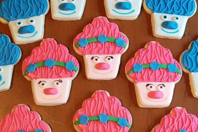 the best rolled sugar cookies - 2