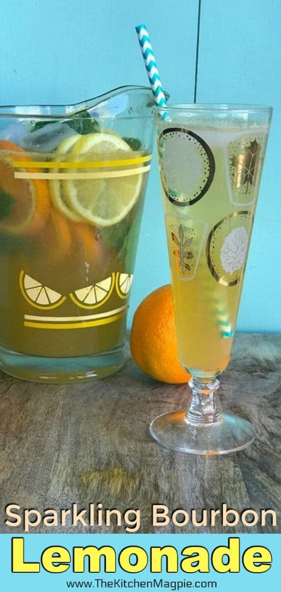 How to make aSparkling Bourbon Lemonade - perfect for any time of the year! #bourbon #cocktail