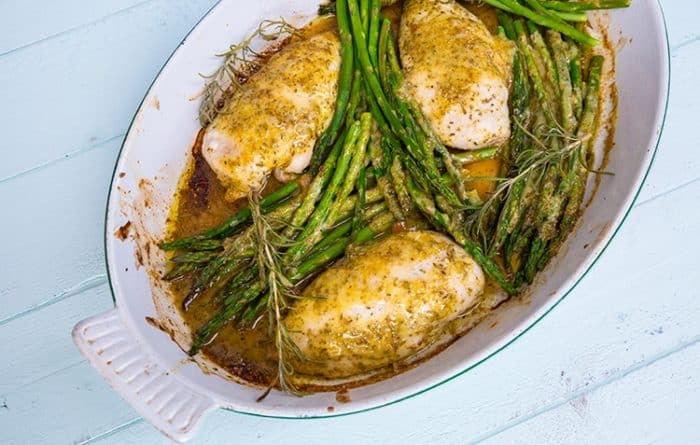 This Rosemary Lemon Chicken & Asparagus Dinner is the perfect spring dish! It's light, healthy and full of lean protein and greens!