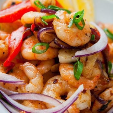 Garlic Shrimp Stir-Fry with Peppers & Onions
