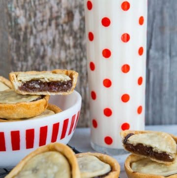 Mincemeat Tarts with Butter Pastry