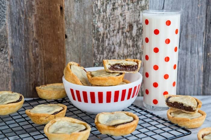 Mincemeat Tarts with Butter Pastry Recipe! These delicious holiday treats are so easy to make! Recipe from @kitchenmagpie. #christmas #recipe #baking #desserts #dessert #mincemeat #holidays #tarts