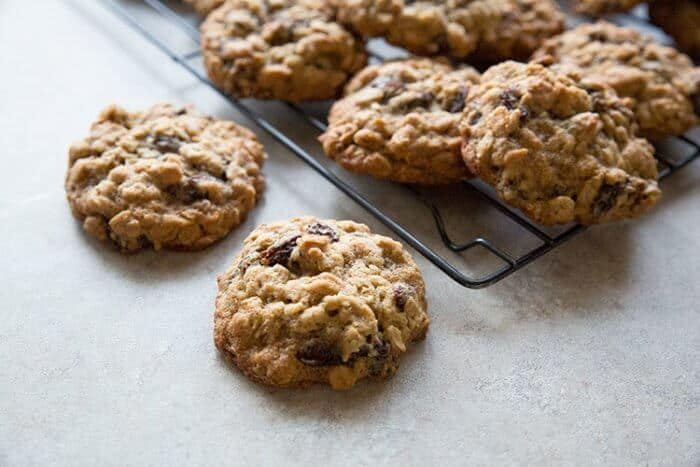 Quaker Vanishing Oatmeal Raisin Cookies in Black Cooling Rack