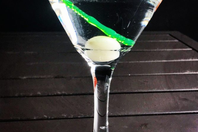Gibson Cocktail in a martini glass